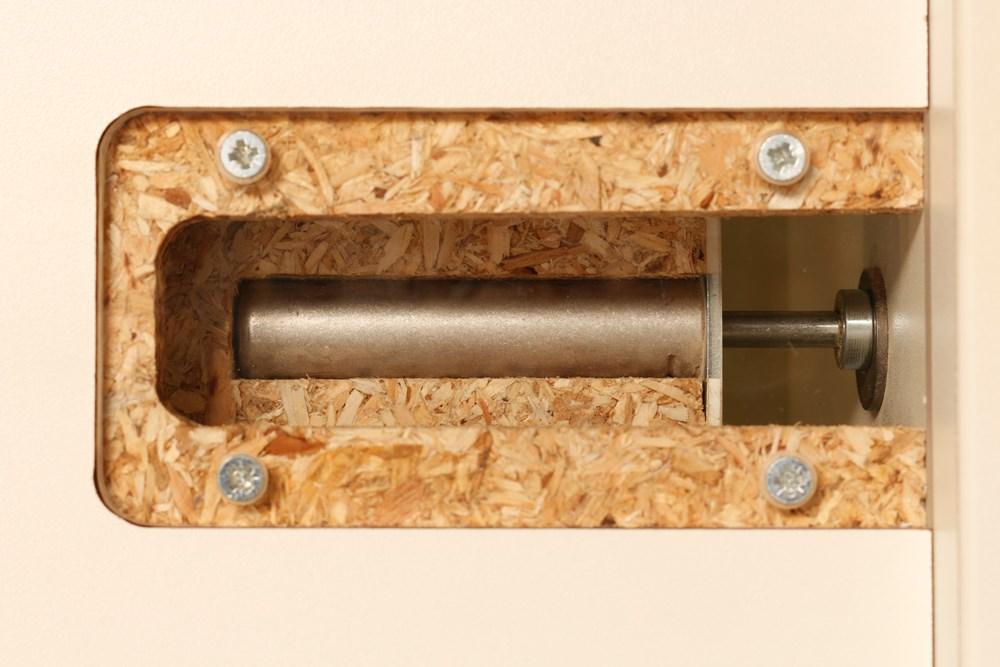 Toepassing DICTATOR veerbuffer vast op magneetje.jpg