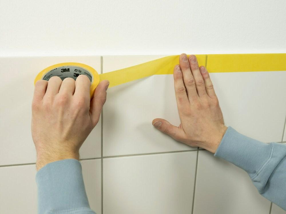 https://www.ez-catalog.nl/Asset/34dd00b193cf47d68d32f55d08396ddf/ImageFullSize/1983247O-3m-professional-masking-tape-244.jpg
