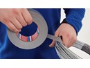 https://www.ez-catalog.nl/Asset/a943b52151684ac89c073a522b7df4d9/ImageFullSize/tesa-4662-strong-duct-tape-grey-step1of6-ap.jpg