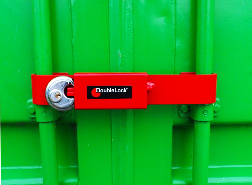 DoubleLock Container Lock JUNIOR RED.3.jpg