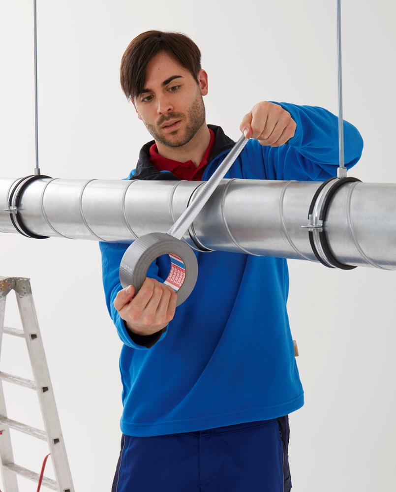https://www.ez-catalog.nl/Asset/f7aff00770b545aeb453ea9f81a99541/ImageFullSize/tesa-4613-duct-tape-for-simple-applications-02-ap.jpg