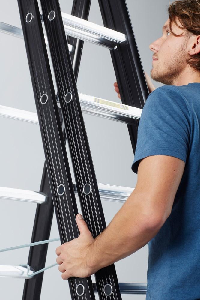 https://www.ez-catalog.nl/Asset/f8e96832a8a042dbac6ab530fe82bca4/ImageFullSize/ladder-nevada-usp-2-ergogrip-s.jpg